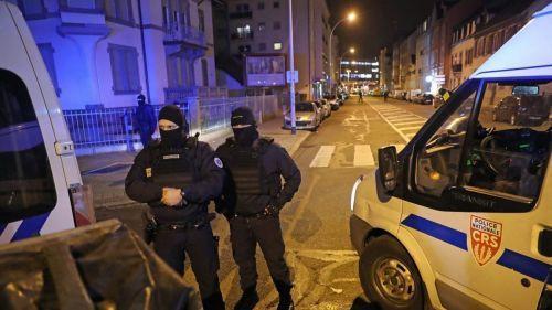 Attentat de Strasbourg : un homme de 26 ans mis en examen, un autre toujours en garde à vue et quatre personnes libérées
