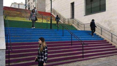 Journée contre l'homophobie : à Nantes, les Marches de la fierté vont être repeintes (mais peut-être pas entièrement)