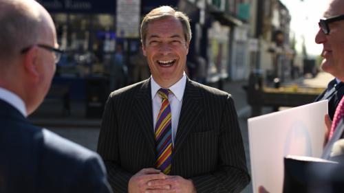 Brexit : un McDonald's interdit de vendre des milkshakes pour éviter que des manifestants n'en jettent sur Nigel Farage