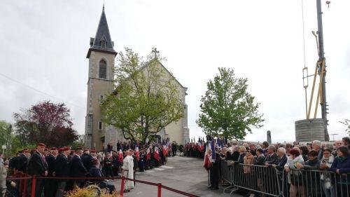 Haute-Savoie : plusieurs centaines de personnes présentes aux obsèques d'Alain Bertoncello, l'un des militaires tués au Burkina Faso
