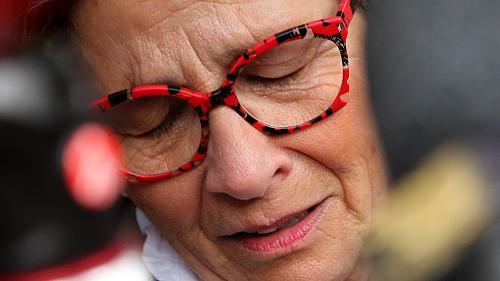 """""""C'est de l'euthanasie déguisée, il n'est pas en fin de vie"""" : le témoignage de la mère de Vincent Lambert"""