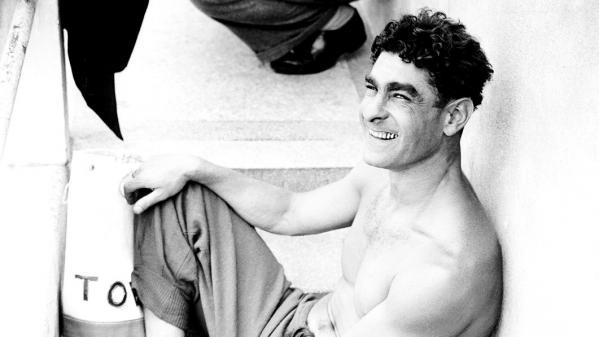 """La médaille du jour. Hommage à celui que l'on a surnommé """"le nageur d'Auschwitz"""", Alfred Nakache"""