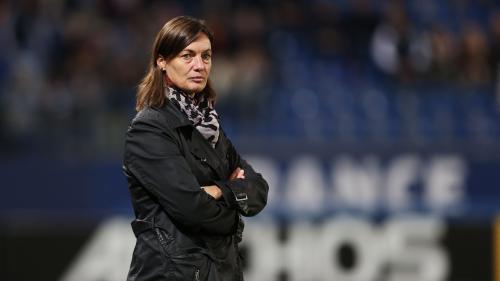 """""""Elle est faite pour ça"""" : comment Corinne Diacre, pionnière du foot féminin, est devenue sélectionneuse des Bleues"""