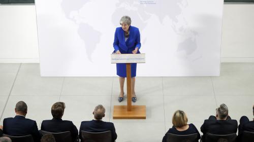 """Brexit : Theresa May propose un """"nouvel accord"""" aux députés, incluant la possibilité d'un second référendum"""