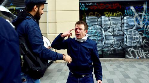 """Manifestant éborgné en 2016 : un CRS renvoyé aux assises pour """"violences volontaires"""" après un tir de grenade"""