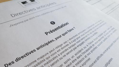 Fin de vie: comment rédiger vos directives anticipées pour faire connaître vos dernières volontés médicales ?