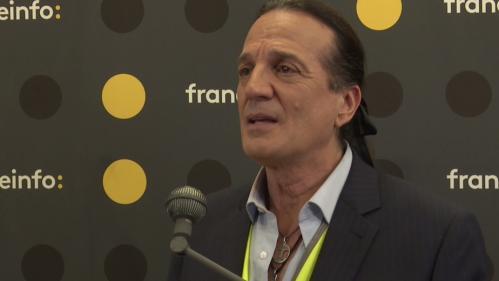 """VIDEO. Élections européennes: """"Nous serons les porteurs de la volonté de nos électrices et électeurs"""", affirme Francis Lalanne"""