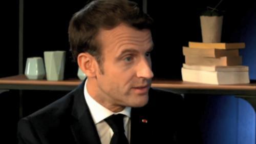 """VIDEO. Emmanuel Macron évoque une """"attaque"""" à propos de l'explosion à Lyon"""