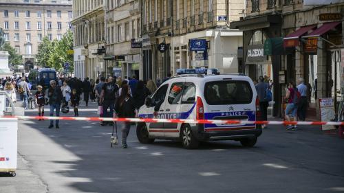 Colis piégé à Lyon : une trace ADN a été isolée par les enquêteurs, de l'explosif de type TATP retrouvé