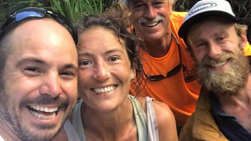 Etats-Unis : une femme disparue depuis 16 jours à Hawaï retrouvée vivante au fond d'un ravin