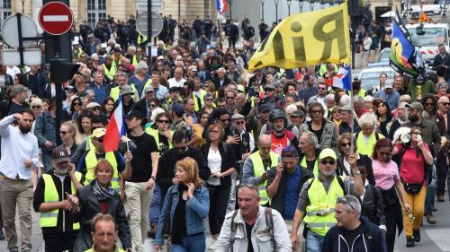 """DIRECT. """"Gilets jaunes"""" : 12 500 manifestants recensés par l'Intérieur, nouveau record à la baisse"""
