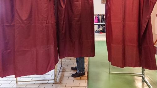 Bulletins absents, poussettes interdites, électeurs radiés... Un scrutin européen marqué par plusieurs couacs