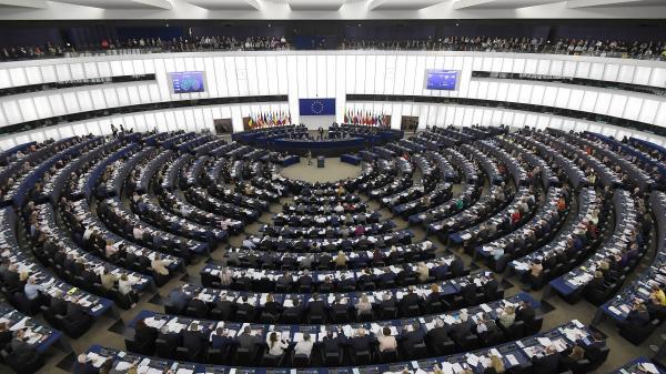 Nombre d'électeurs, parité, âge moyen des élus... Cinq chiffres à connaître sur les élections européennes