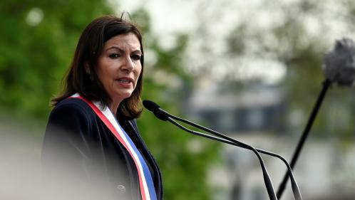 """Notre-Dame : Anne Hidalgo défend une rénovation """"à l'identique"""" de la toiture et de la charpente"""