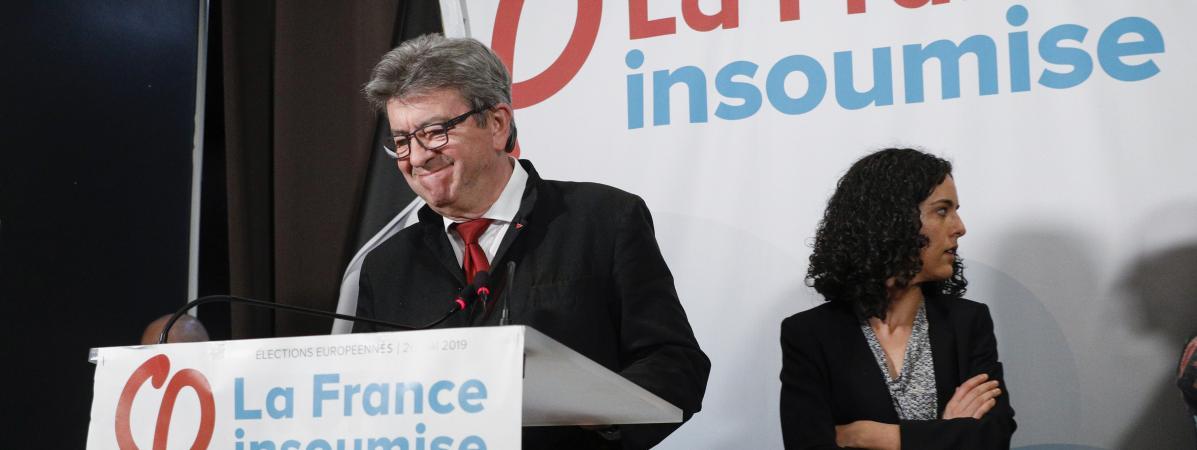 Jean-Luc Mélenchon et Manon Aubry lors d\'un discours adresséaux militants de La France insoumise, le 26 mai 2019 à Paris, au soir des élections européennes.