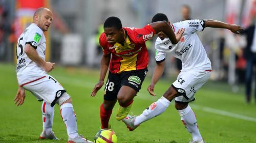 Foot : Lens et Dijon se neutralisent (1-1) en barrage aller de Ligue 1