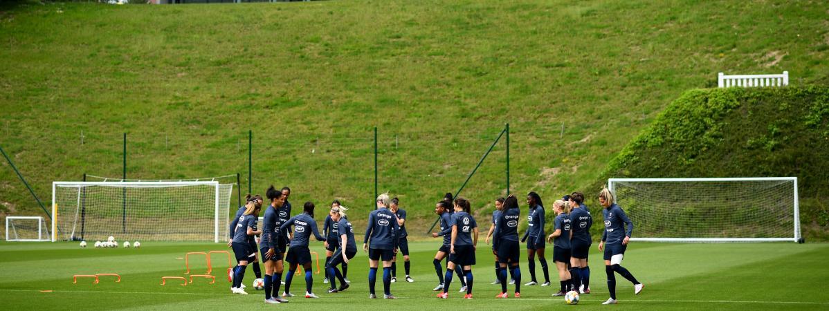 Les footballeuses de l\'équipe de France à l\'entraînement à Clairefontaine, le 30 mai 2019.
