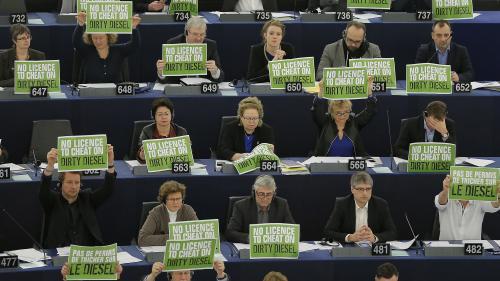 """""""Nous allons jouer un rôle de pivot"""" : après leur percée historique, quelles ambitions pour les eurodéputés écologistes au Parlement ?"""