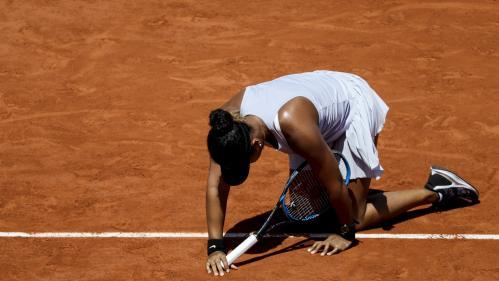 Roland-Garros : la numéro 1 mondiale Naomi Osaka éliminée dès le troisième tour par la Tchèque Katerina Siniakova