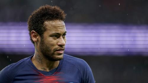 Le footballeur Neymar accusé d'avoir violé une femme à Paris