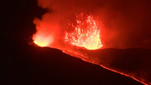 VIDEO. En Italie, l'Etna est entré en éruption