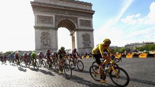 Tour de France : rétréci, trempé, volé... La drôle d'histoire du maillot jaune, qui fête ses cent ans