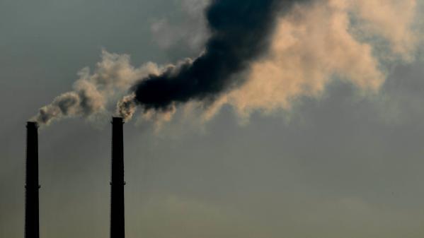 Six mois avant d'accueillir la COP25, le Chili annonce la fermeture de huit centrales à charbon d'ici 2024