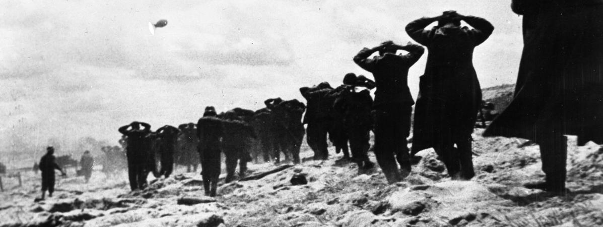 Des soldats allemands faits prisonniers sur Utah Beach, le 6 juin 1944.