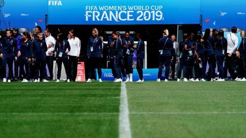 Pourquoi l'équipe de France féminine de football lance son Mondial au Parc des Princes et non au Stade de France ?