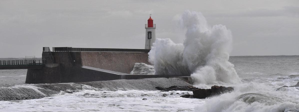 Une tempête toucheLes Sables-d\'Olonne (Vendée), le 11 décembre 2017.