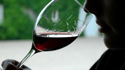 Bordeaux : un négociant en vin condamné à six mois de prison ferme pour tromperie et falsification