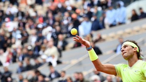 DIRECT. Roland-Garros/Demi-finales : Federer et Nadal s'affrontent pour une place en finale. Regardez le match des légendes