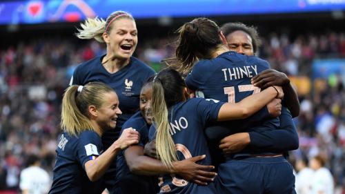 """Victoire des Bleues : """"On a vu une qualité technique déjà à son apogée"""""""