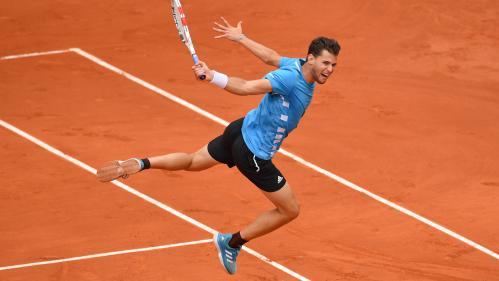Roland-Garros : Plus fort que Novak Djokovic et les éléments, Dominic Thiem rejoint Rafael Nadal en finale pour un remake de l'an passé