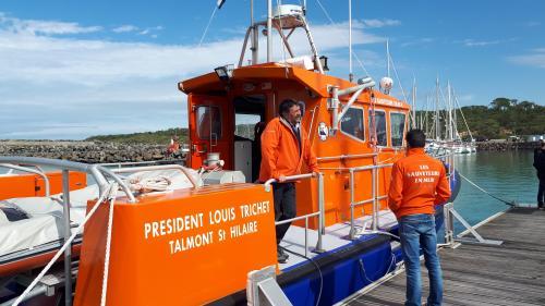 """""""On y va, on ne se pose pas de questions"""" : à bord du """"Président Louis Trichet"""", des sauveteurs de la SNSM racontent leur engagement"""