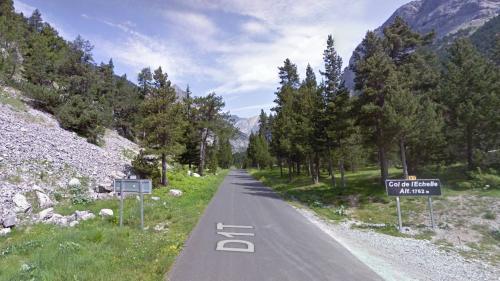 Hautes-Alpes : un monument en mémoire de maquisards recouvert de tags anarchistes