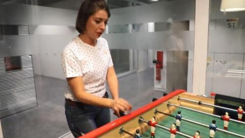 """VIDEO. Avec """"#MeFoot"""", Lucie Brasseur se bat afin d'obtenir """"plus de respect"""" pour les footballeuses"""