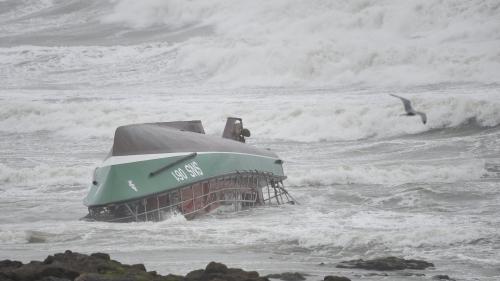 Les Sables-d'Olonne : les quatre rescapés du naufrage recevront la Légion d'honneur