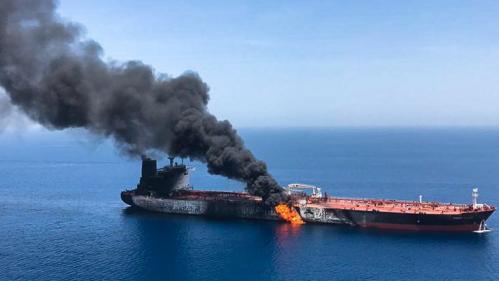 """Pétroliers en détresse en mer d'Oman : """"C'est la principale artère pétrolière mondiale"""", selon un chercheur de l'Iris"""