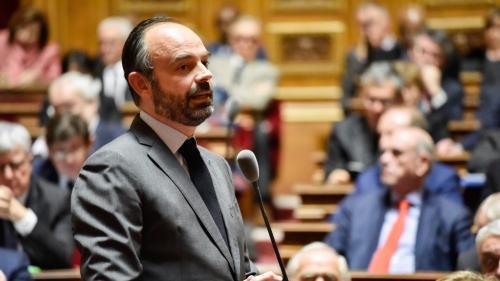 """Un projet de loi """"décentralisation et différenciation"""" sera présenté à l'été 2019, annonce Edouard Philippe"""