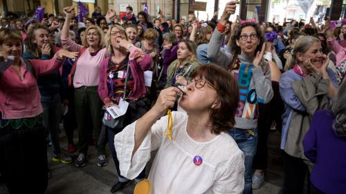 Ce qu'il faut savoir sur la grève historique des femmes en Suisse