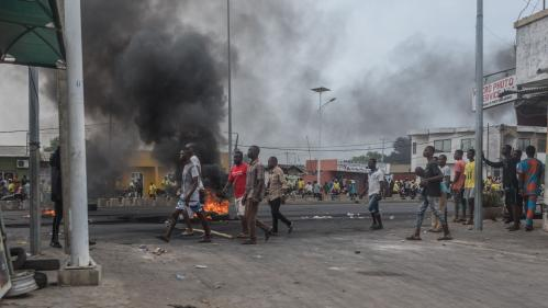 """La situation est très tendue au Bénin, """"l'armée tire à balles réelles"""" sur les manifestants"""