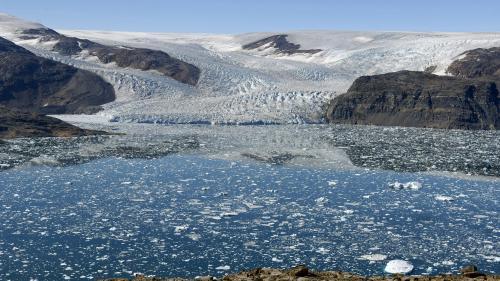 Climat : le Groenland a perdu plus de deux milliards de tonnes de glace en un jour, soit 40% de son territoire