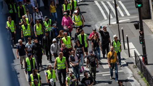 """""""Gilets jaunes"""" : 7 000 manifestants recensés en France par le ministère de l'Intérieur, la plus faible mobilisation en sept mois de mouvement"""