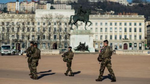 Lyon : un militaire de l'opération Sentinelle tire sur un homme qui menaçait sa patrouille avec un couteau