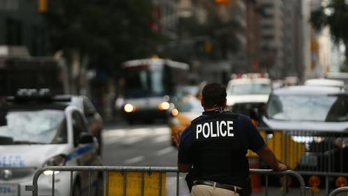 VIDEO. Etats-Unis : les images de l'arrestation violente d'une famille choquent