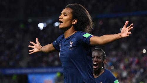 Mondial 2019 : penalty retiré, arbitrage tatillon, ce qu'il faut retenir de la laborieuse victoire des Bleues face au Nigeria (1-0)