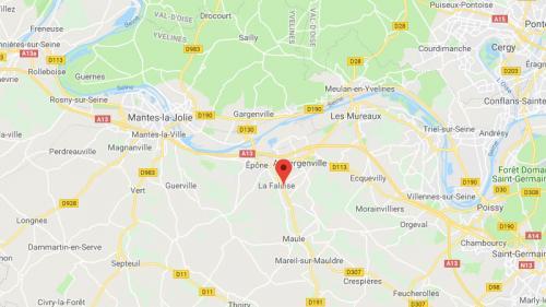Yvelines : une présidente de la cour d'assises de Versailles blessée au visage lors d'une agression à son domicile