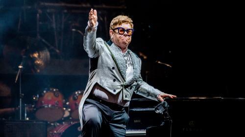 Elton John décoré par Emmanuel Macron le 21 juin : ils lanceront de l'Elysée un appel pour la lutte contre le sida