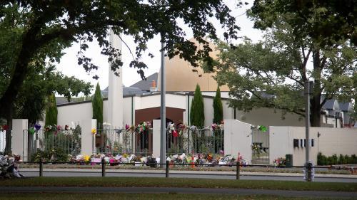 Attentats à Christchurch : un Néo-Zélandais incarcéré pour le partage de la vidéo de la tuerie